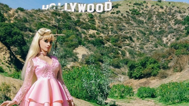 Съемки премьеры 2018 года — клипа-загадки русской Барби и певицы Тани Тузовой на песню Зависима завершились в США