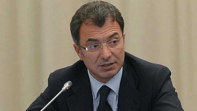 Абитуриенты бизнес-школы «СКОЛКОВО» получили гранты от Филарета Гальчева